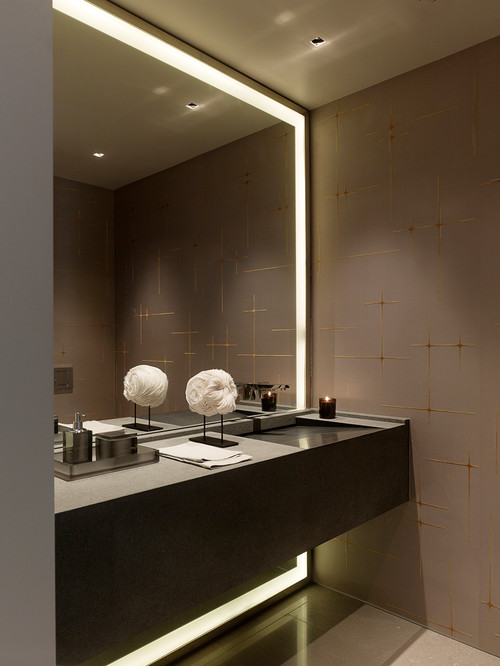 For A Posh Look Use Lighted Mirrors These Instantly Transform The Feel Of Salon Built In Lights Give Hollywood