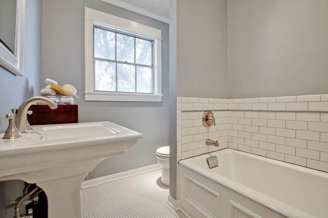 Teakwood traditional-bathroom