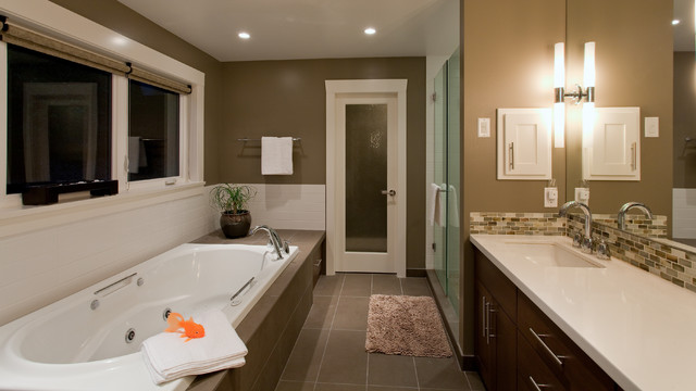 Teevan Residence contemporary bathroom