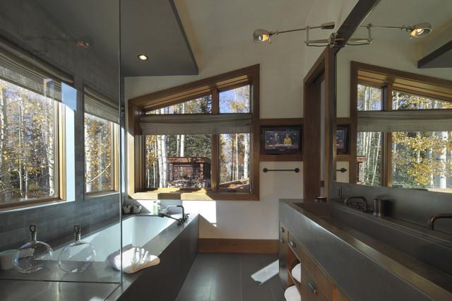 Telluride Houses rustic-bathroom