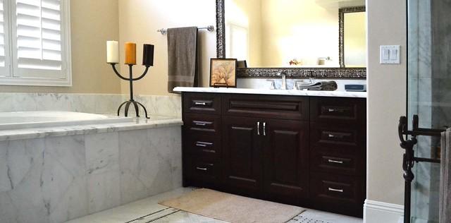 Temecula 3 traditional bathroom los angeles for Bath remodel temecula