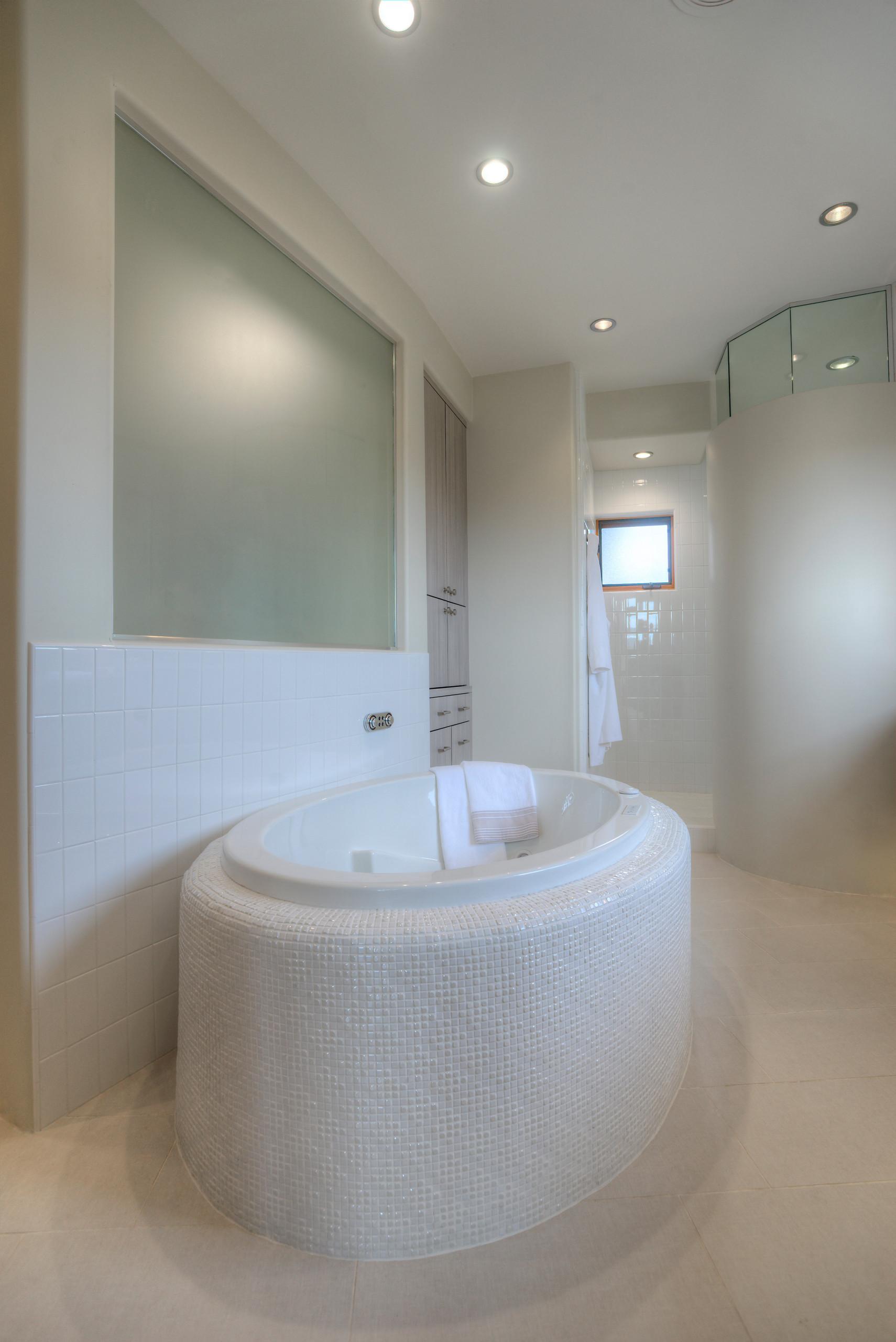 Territorial Update - Master Bathroom