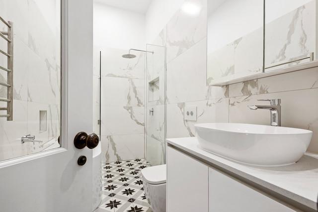 Idee per una stanza da bagno contemporanea