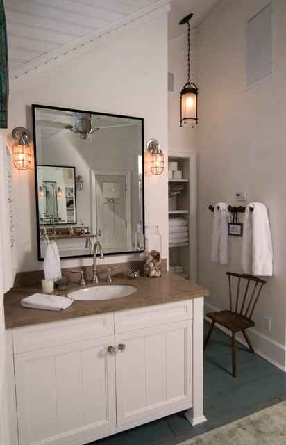 Brilliant The Master Bath Is Large With A Soaking Tub And Beautifully Appointed Shower The Second Bath , However, Is Considerably Smaller Single Sink And Mirror Curtained Tub  That We Offer Here In Beautiful Naples, Florida Our Housekeeping