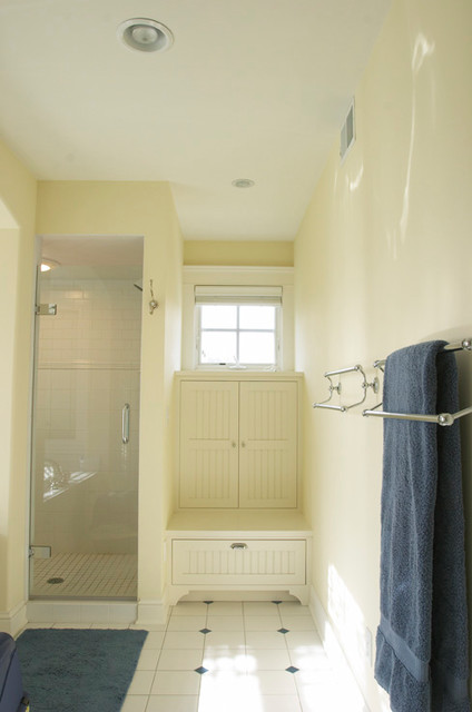 The Cottage craftsman-bathroom