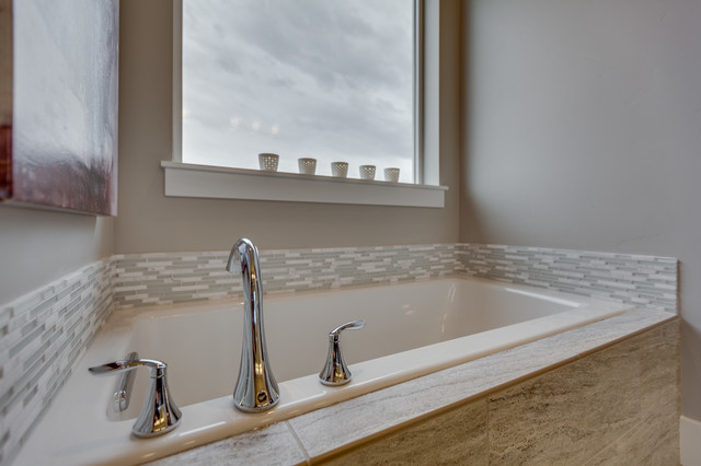 The cottonwood exeter bathroom boise by alturas homes for Bathroom designs exeter