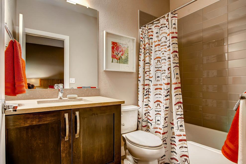 Tub/shower combo - contemporary tub/shower combo idea in Denver