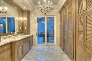The Lake Club - Traditional - Bathroom - Tampa - by Chic on the Cheap
