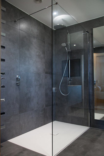 Photo of a contemporary bathroom in Gloucestershire.