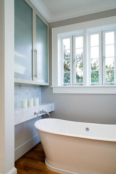 The modern italian classique chic salle de bain - Salle de bain classique chic ...