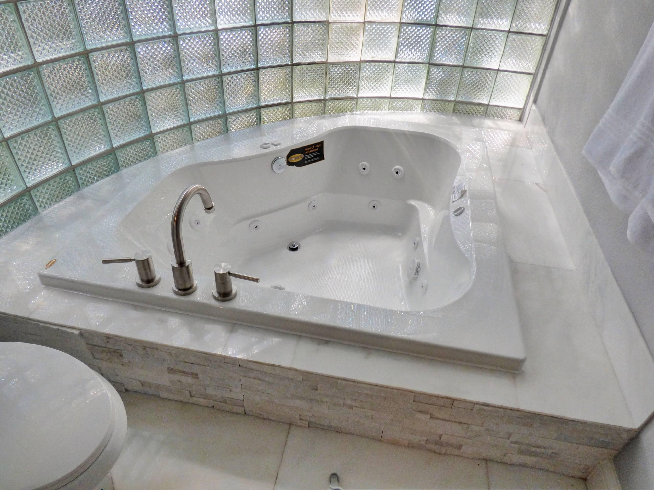 The Oasis of Westbury Ladie Master Bathroom 3