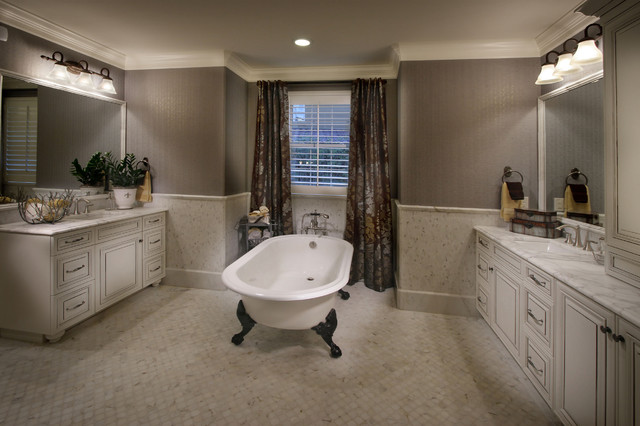 The Overlook at Heritage Hills mediterranean-bathroom