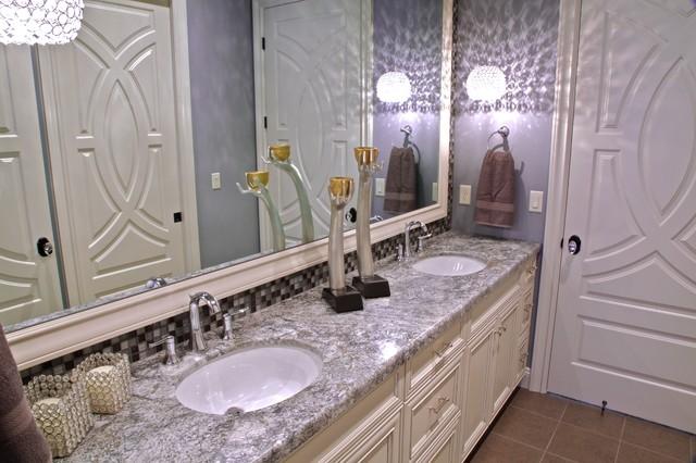The Regency bathroom