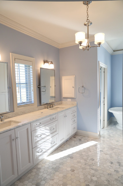 The regency houston model traditional bathroom for Bathroom designs houston