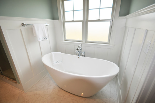 The seaside model home patchen wilkes contemporary for Model bathrooms photos