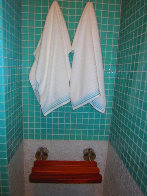 The Starfish Home Long Island, Bahamas eclectic-bathroom