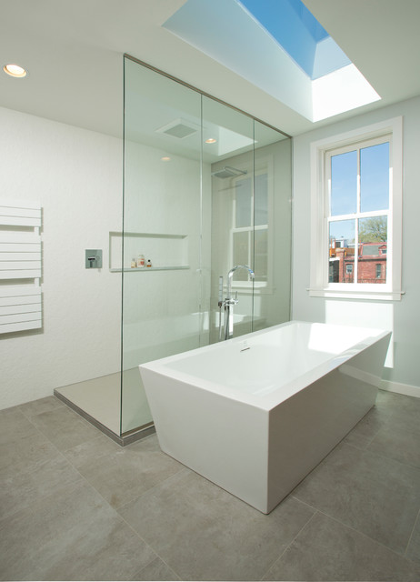 Third Floor Master Bath Addition - Contemporary - Bathroom - dc metro - by Four Brothers LLC