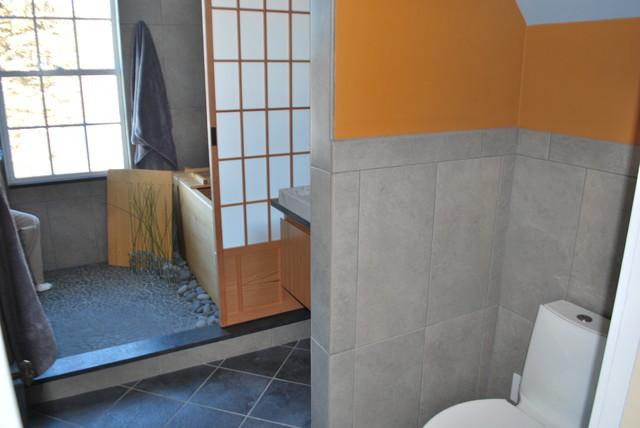 Sttewart asian-bathroom