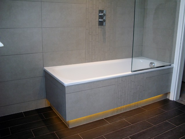 Tiled Bath Panels with Recessed LED Lighting Below Plinth