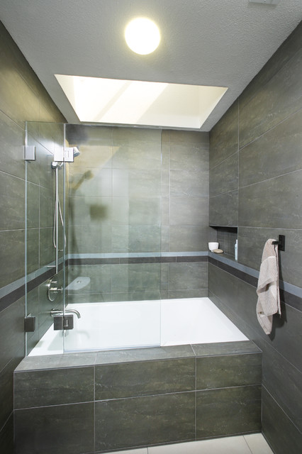 Tiled In Soaking Tub With Hinged Screen Contemporary Bathroom