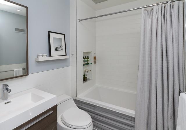 Tilson road transitional bathroom toronto by for Martin craig bathroom design studio