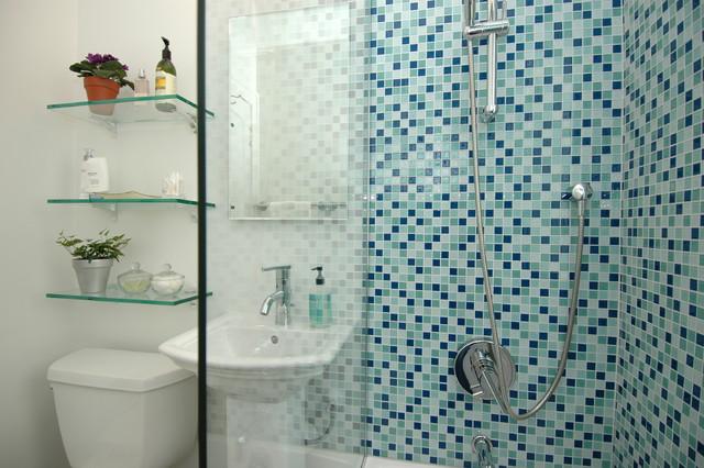Tiny Bathroom - Contemporary - Bathroom - Minneapolis - by DreamMaker Bath & Kitchen