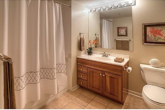 Tiny Downtown Condo - Traditional - Bathroom - seattle - by Seattle ...