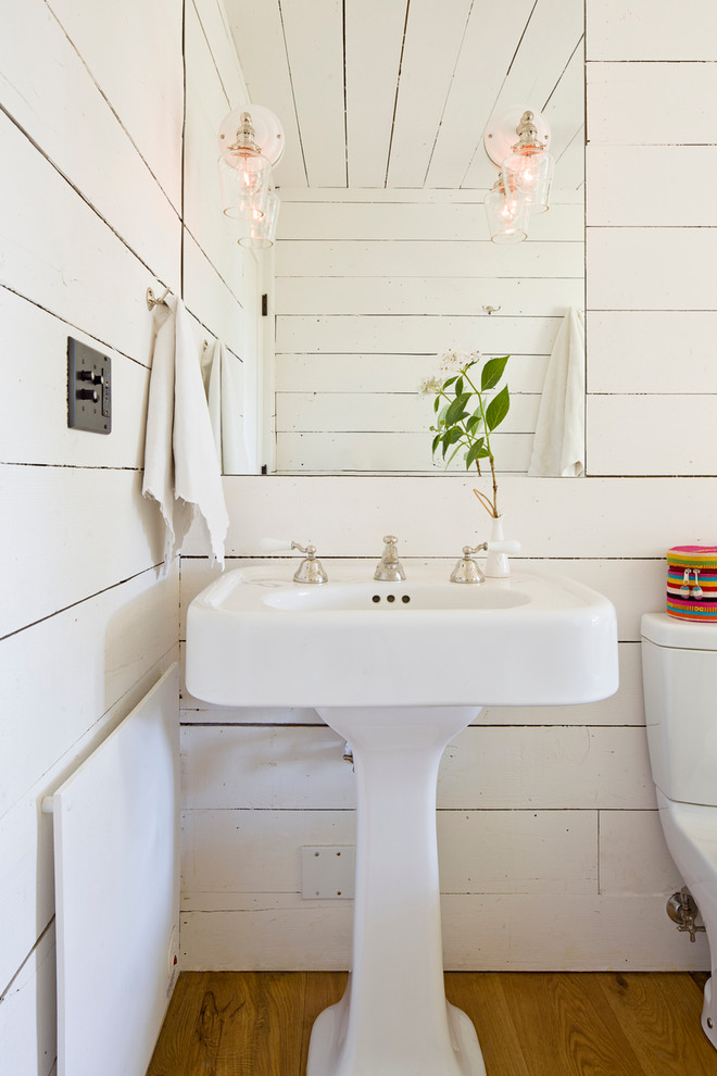 Cottage bathroom photo in Portland with a pedestal sink