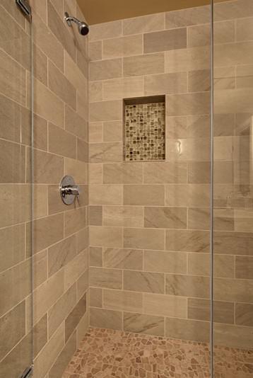 Tiscornia modern-bathroom