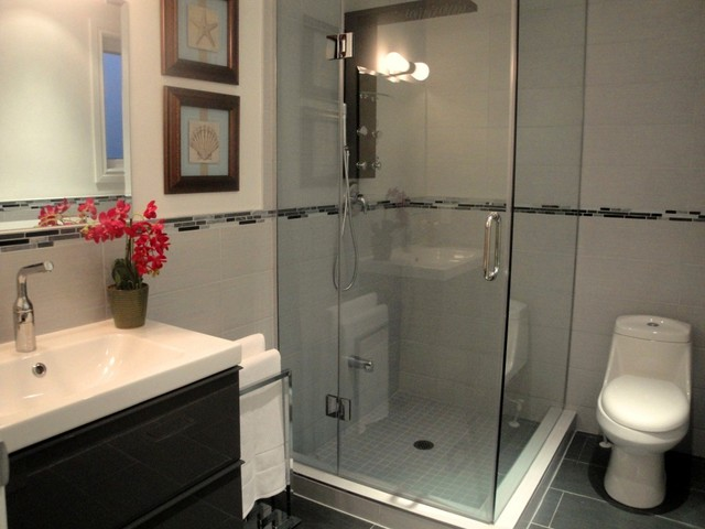 Toronto downtown home contemporary bathroom other for Interior designs by rhonda