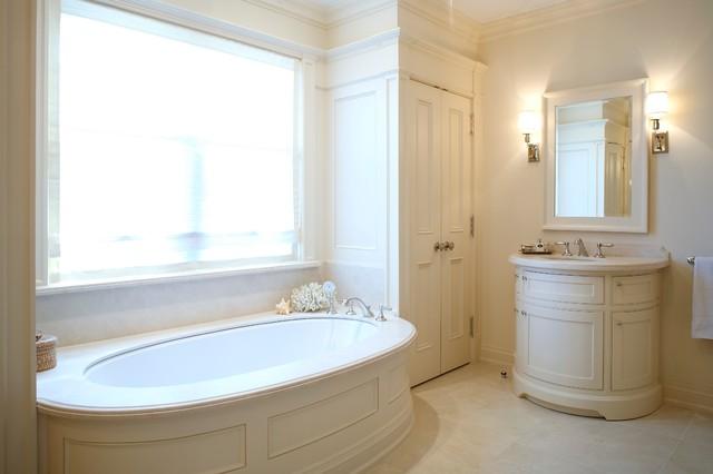Toronto Renovation Traditional Bathroom Other Metro By Heintzman Sanborn Architecture
