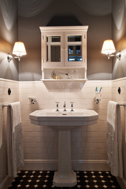 Townhouse apartment traditional bathroom new york for Townhouse bathroom ideas