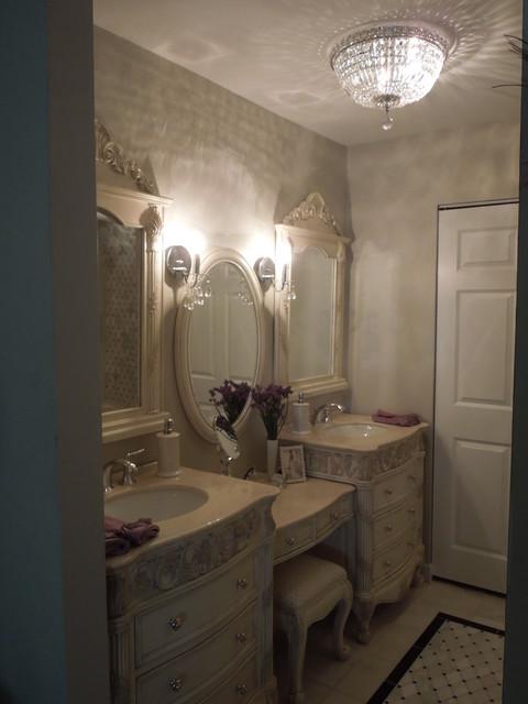 Traditional & Contemporary Bathroom & Dressing Room traditional-bathroom
