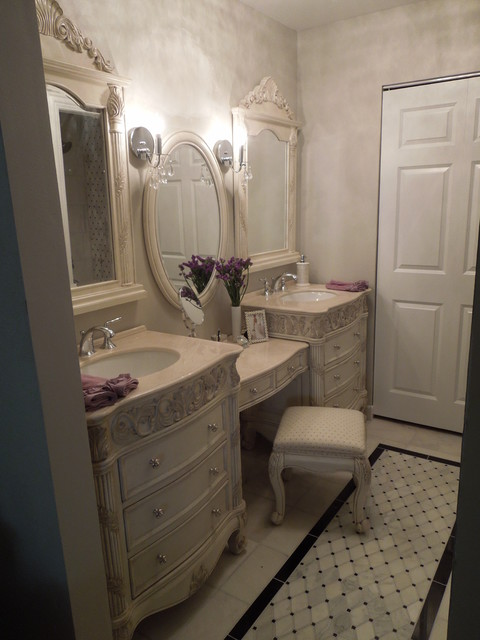 Traditional Amp Contemporary Bathroom Amp Dressing Room