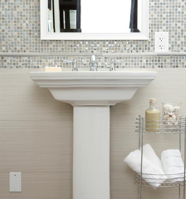 Fibra Series Traditional Bathroom
