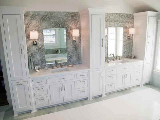 Fresh Colonial Master Bathroom - Traditional - Bathroom - Other - by Erin Sander Design
