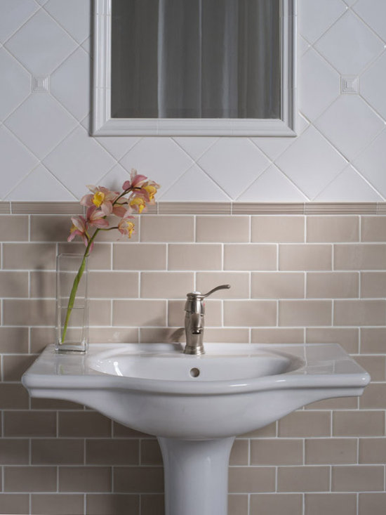 Traditional subway tile bathroom design ideas pictures Classic bathroom tile ideas