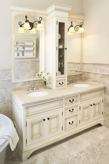 Country Ensuite Cabinetry traditional-bathroom