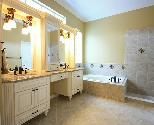 Shari Misturak For In Studio Co Interiors Traditional Bathroom Other Metro By In