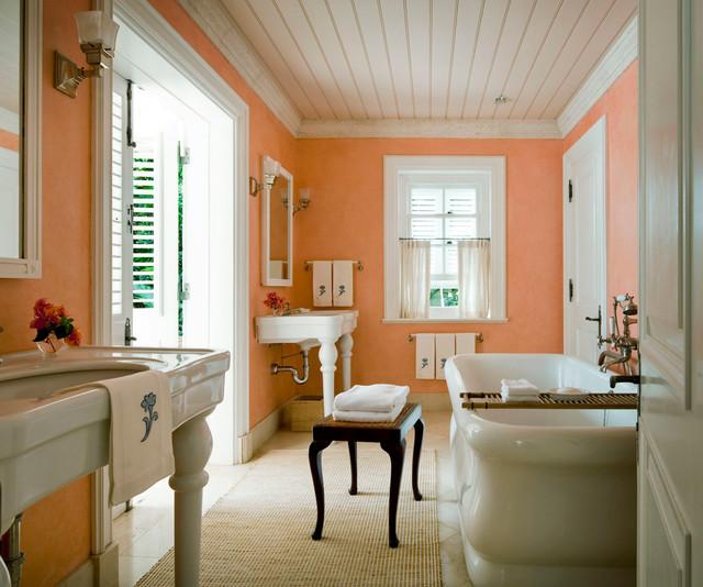 Traditional bathroom - Amazing spanish villa design for rich and inviting ornaments ...