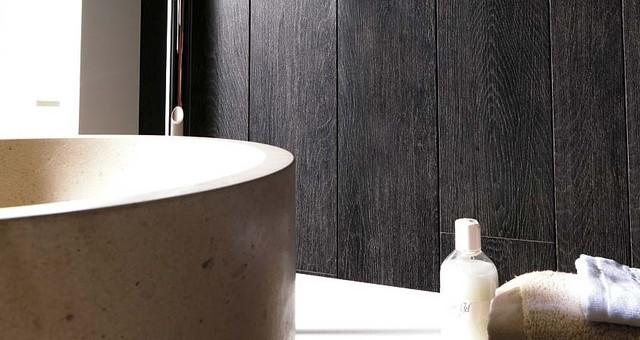 Tavola Kenya wall tiles. traditional-bathroom