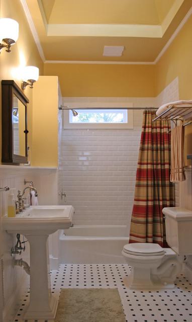 Traditional bathroom remodeling traditional-bathroom