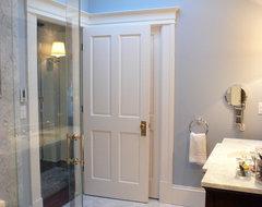 Traditional Bathroom (ZEM) traditional-bathroom