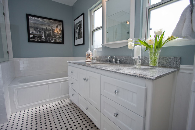 Traditional Black And White Tile Bathroom Remodeltraditional Los Angeles