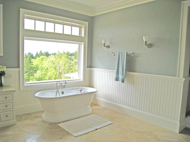 Traditional Country Bathroom Traditional Bathroom Portland By Kirstin Havnaer