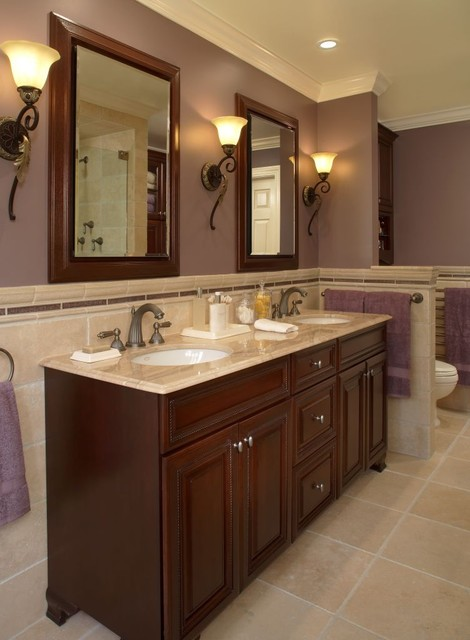 Traditional elegance traditional bathroom for Traditional master bathroom design ideas