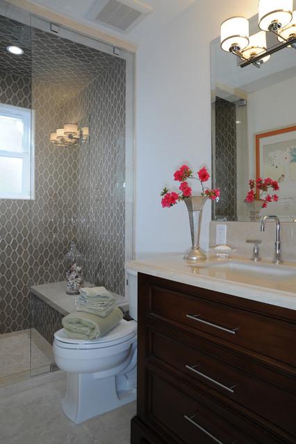 Traditional House traditional-bathroom