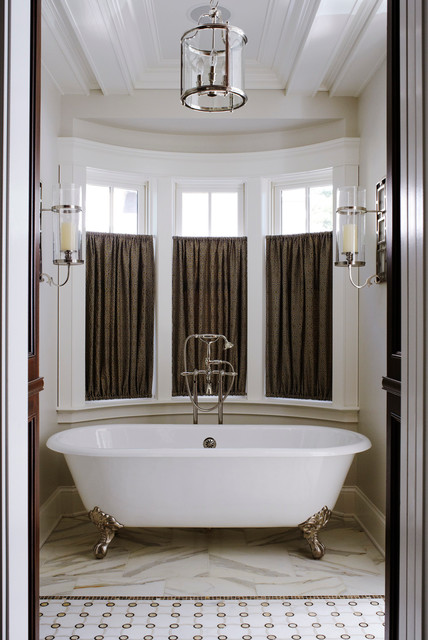 Traditional New Construction traditional-bathroom