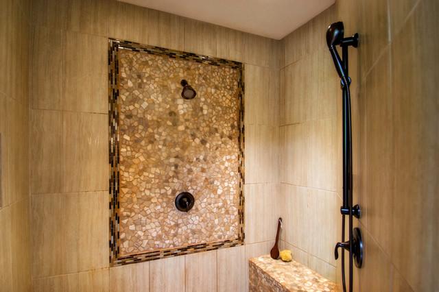 Parrett Mountain Lodge rustic-bathroom