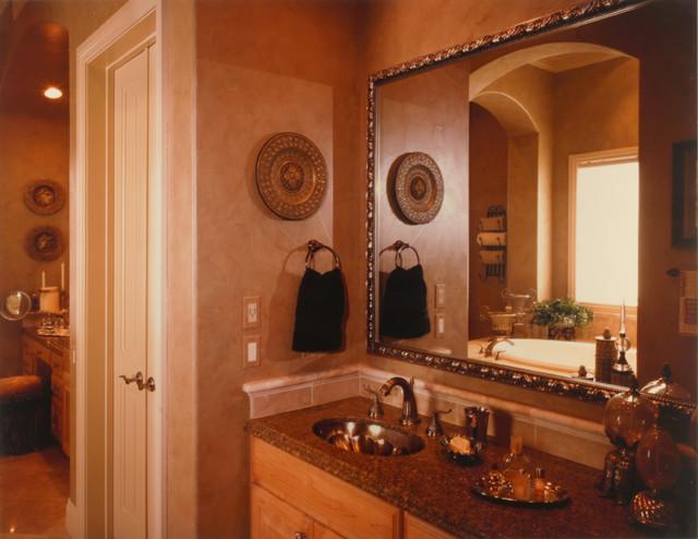 Traditional Rooms bathroom